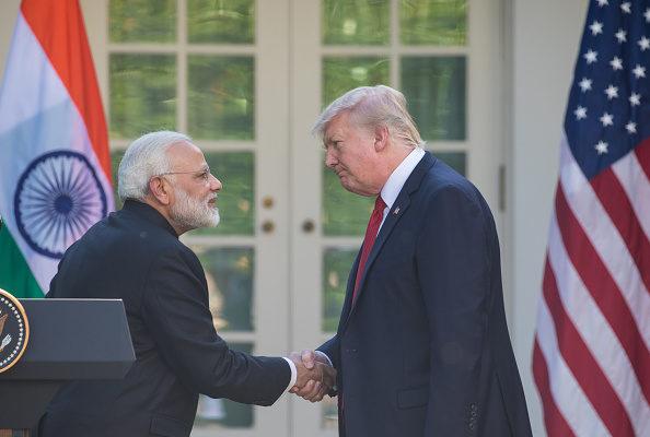 美國總統特朗普宣佈,將取消對印度和土耳其的貿易最惠國待遇。圖為特朗普與印度總理納倫德拉・莫迪( Narendra Modi)2017年6月在白宮玫瑰園舉行新聞發佈會。(Cheriss May/Getty Images)