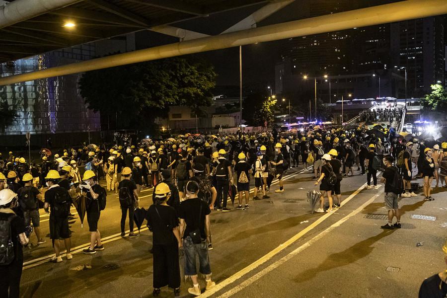 「佔領立法會」 香港七一留守最後時刻紀實