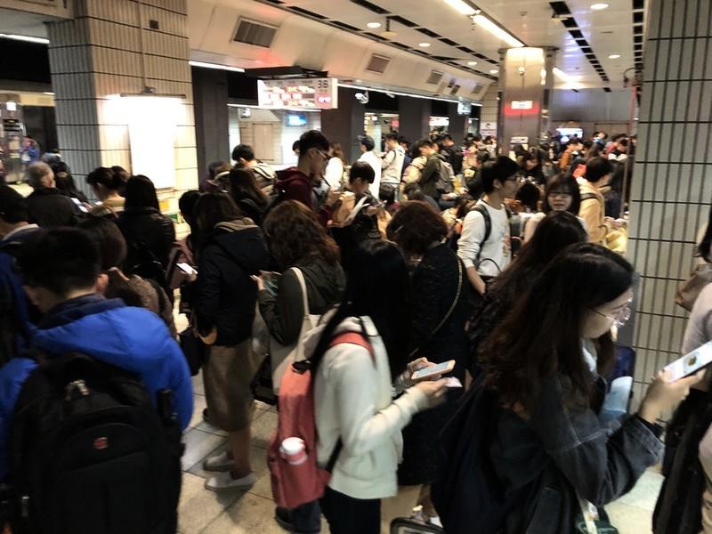 台青年返鄉列車募資 送3300人回家投票