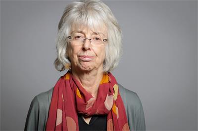 上議院議員伯特塞男爵夫人(Baroness Lister of Burtersett, CBE, FBA, FacSS)瑪格特‧露絲‧艾琳‧李斯特(Professor Margot Ruth Aline Lister)(明慧網)
