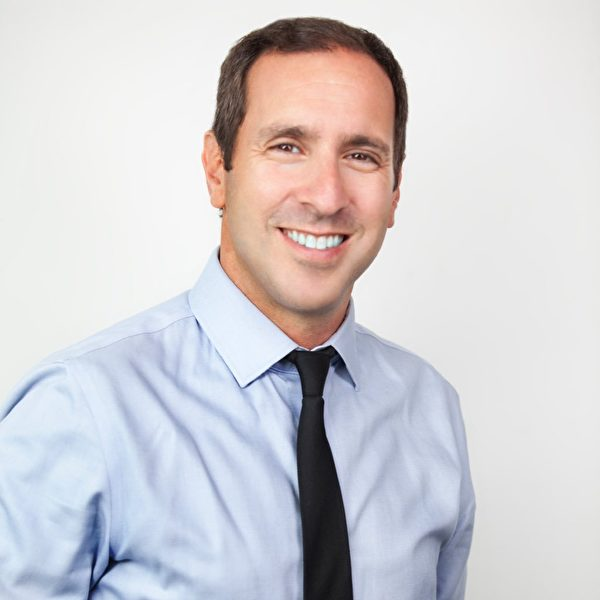 多倫多市議員Josh Matlow:「恭祝法輪大法月慶祝活動一切順利!」