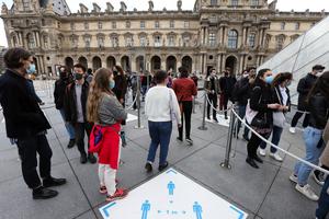 組圖:法國疫情趨緩 羅浮宮重新對外開放