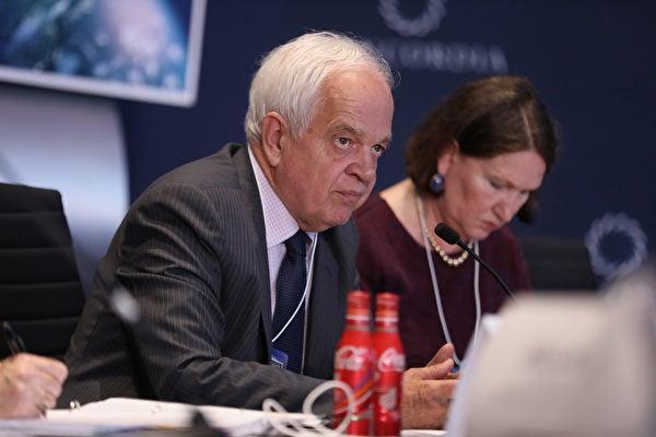 繼加拿大駐中國大使麥家廉(圖)幫中共說話後,日前瑞典駐華大使也幫中共說話。外界質疑,他們可能都被中共收買。(Ben Hider/Getty Images for Concordia Summi)