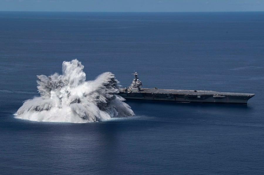 沈舟:美軍福特號航母完成爆炸衝擊測試
