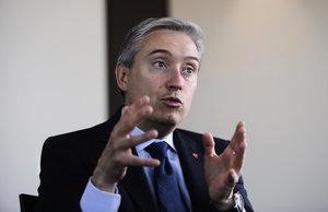 加拿大外長從中國銀行獲按揭貸款 遭質疑