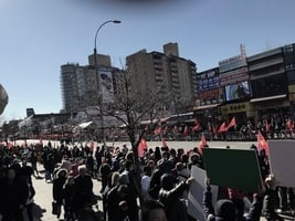 【新聞看點】華人美國舉紅旗 澳僑領被逐啟示