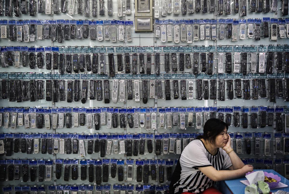 對中國南方省份來說,美國關稅帶來的影響已經到了特別糟糕的階段。圖為浙江義烏批發市場內一景。(Kevin Frayer/Getty Images)
