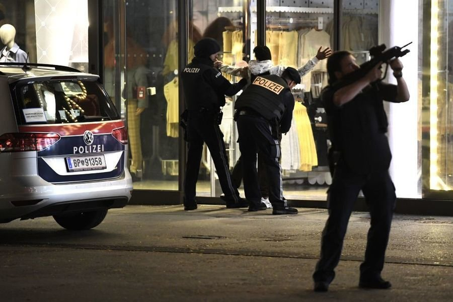 維也納爆IS恐襲 多人死傷 警察大搜捕