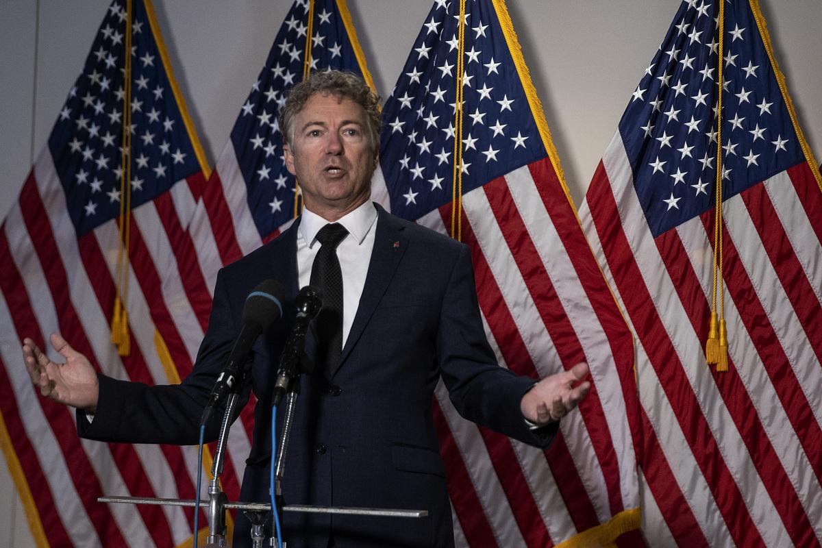 圖為美國共和黨聯邦參議員蘭德·保羅(Rand Paul)。(Tasos Katopodis/Getty Images)