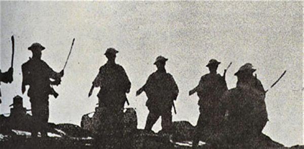 1933長城抗戰中,手持大刀的中華民國士兵。(公有領域)