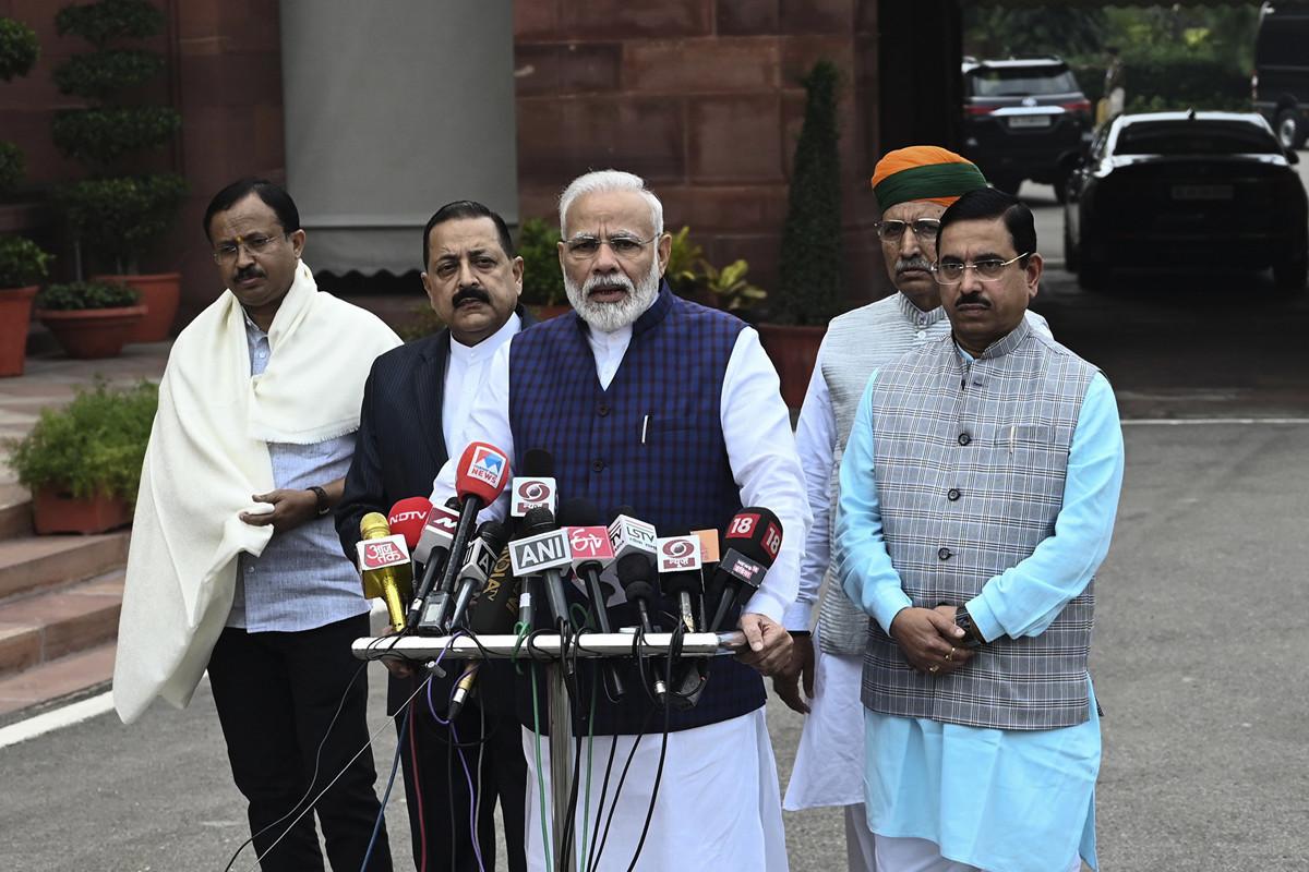 印度總理莫迪12月1日會見日本官員時,重申對印度不加入RCEP的考慮。圖為莫迪講話資料圖。(Money SHARMA / AFP)