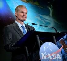 看過UFO報告 NASA署長:人在宇宙不孤單