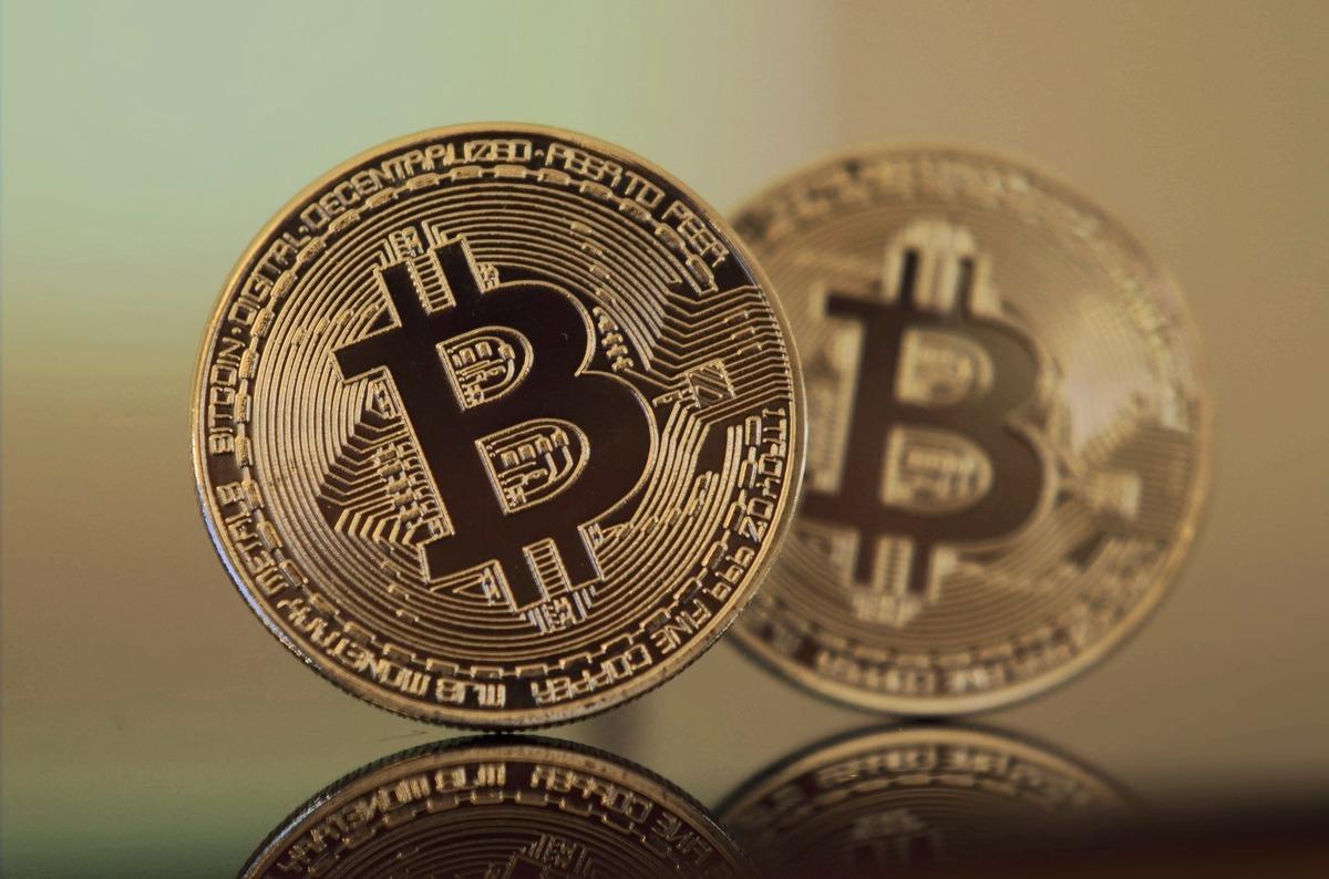 中國是比特幣最大的礦區之一,人民幣也曾佔比特幣九成的交易量。圖為比特幣。(Pixabay)