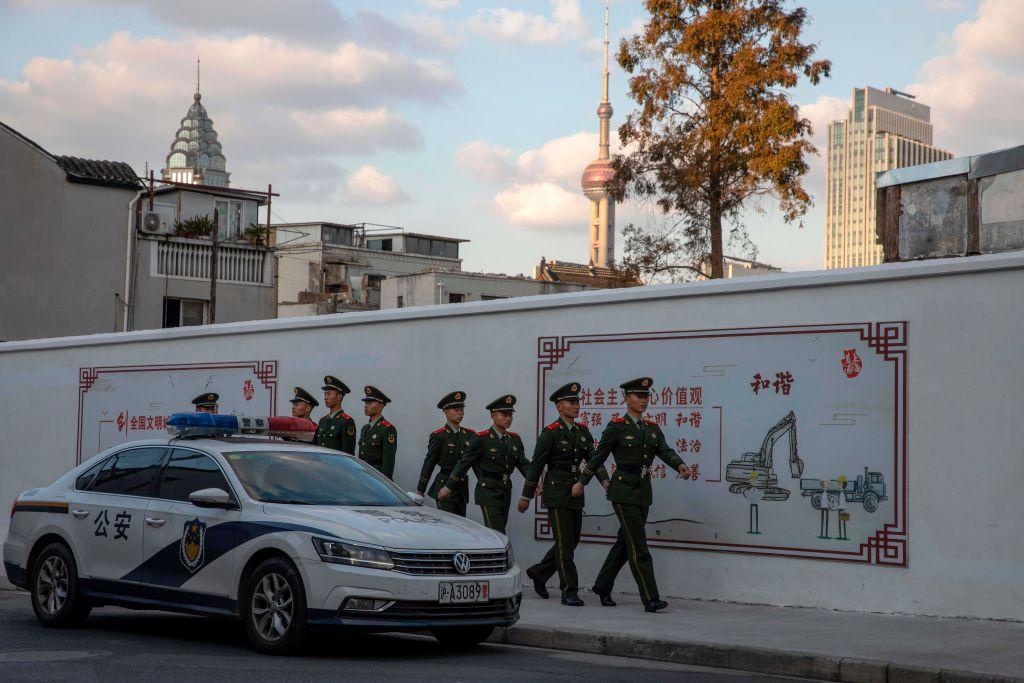 上海街頭的武警。( NG HAN GUAN/POOL/AFP via Getty Images)