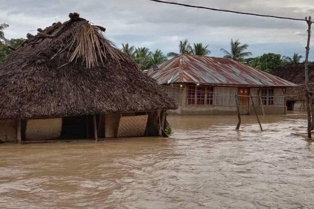 印尼受洪水衝擊的地區。(JOY CHRISTIAN/AFP via Getty Images)