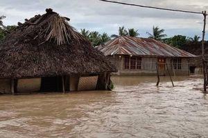 印尼東部暴雨成災引發山洪及山泥傾瀉 逾40死 近萬房屋被淹