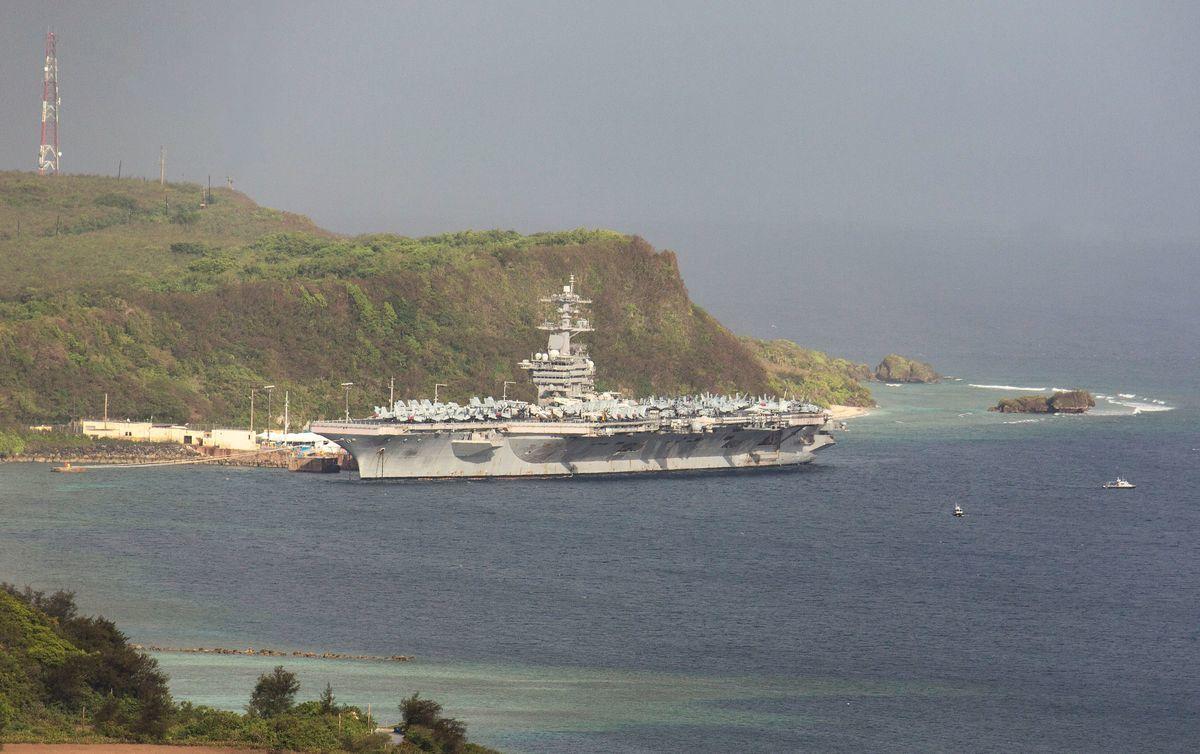 西奧多·羅斯福號航空母艦(USS Theodore Roosevelt)資料照。(TONY AZIOS/AFP via Getty Images)