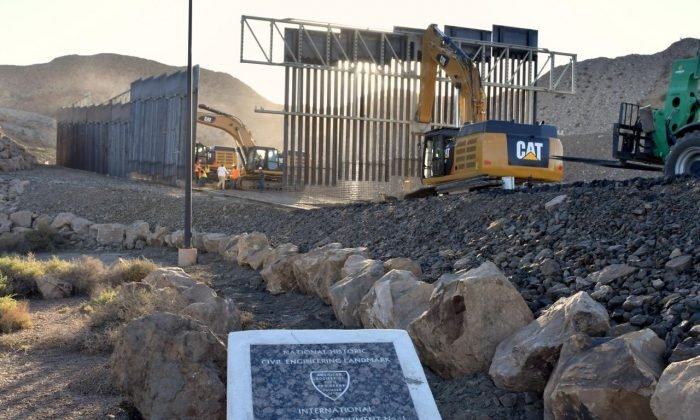美國老兵耗資800萬建牆 1塊錢賣給政府