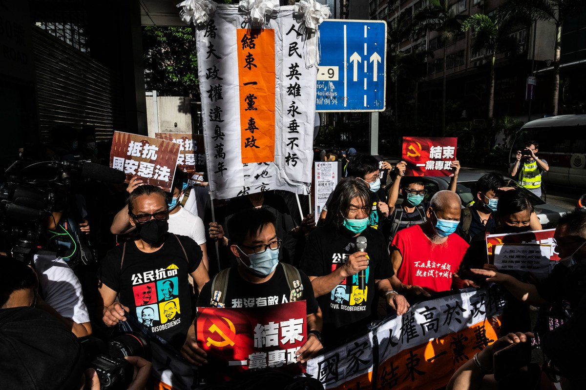 7月1日早上,社民連遊行前往七一升旗禮會場,抗議港版國安法。(Billy H.C. Kwok/Getty Images)