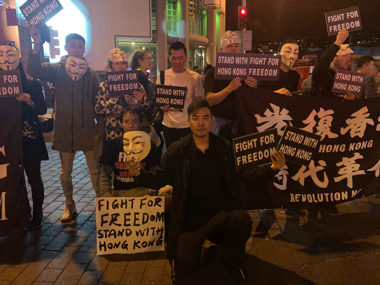 10月31日,作者參與組織了西荷里活萬聖節撐香港活動。(作者提供)