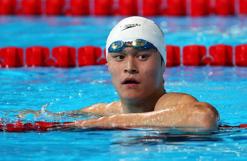 2014年11月24日,孫楊被公佈因今年5月17日涉服用禁藥,遭停賽三個月,並被取消了大陸全國游泳冠軍賽1,500米的游泳冠軍。(Clive Rose/Getty Images)