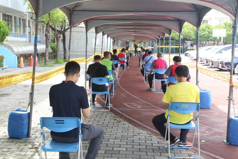 台灣新增339例本土病例 校正回歸133例