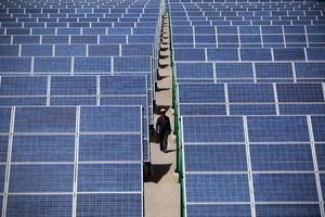 新疆產太陽能板涉強迫勞動 拜登政府考慮制裁