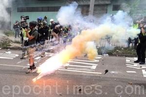 王友群:中央政法委在香港製造「暴亂」