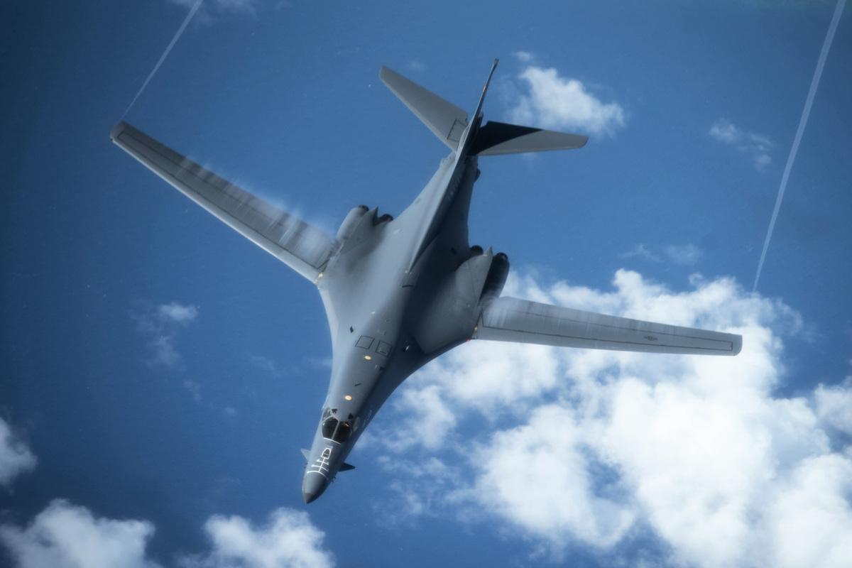 2020年2月27日,美軍B-1B轟炸機飛往日本海。(美國空軍)