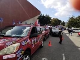 逾百輛車亞利桑那撐特朗普 籲徹查選舉舞弊