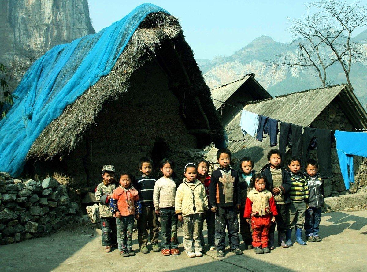 大陸許多農村的孩子依然過著貧窮的日子。(大紀元資料室)