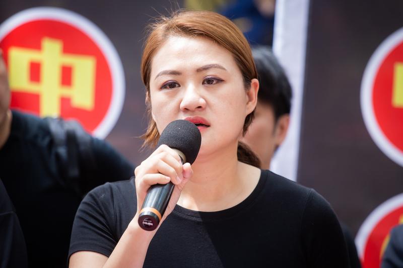 踩紅媒社團發起人、高雄市議員高閔琳8月15日表示,若台灣再不遏止紅媒的誇張行徑,台灣將成為下一個「一國兩制」的受害者。(陳柏州/大紀元)