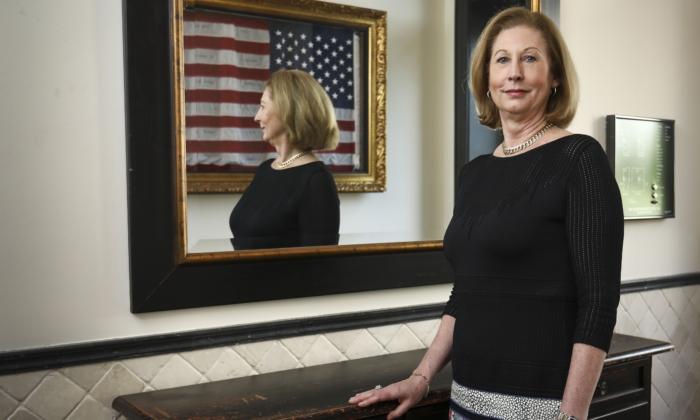 特朗普總統11月14日宣佈,前聯邦檢察官西德尼·鮑威爾加入應對大選欺詐的法律團隊。圖為鮑威爾資料照。(Samira Bouaou/The Epoch Times)