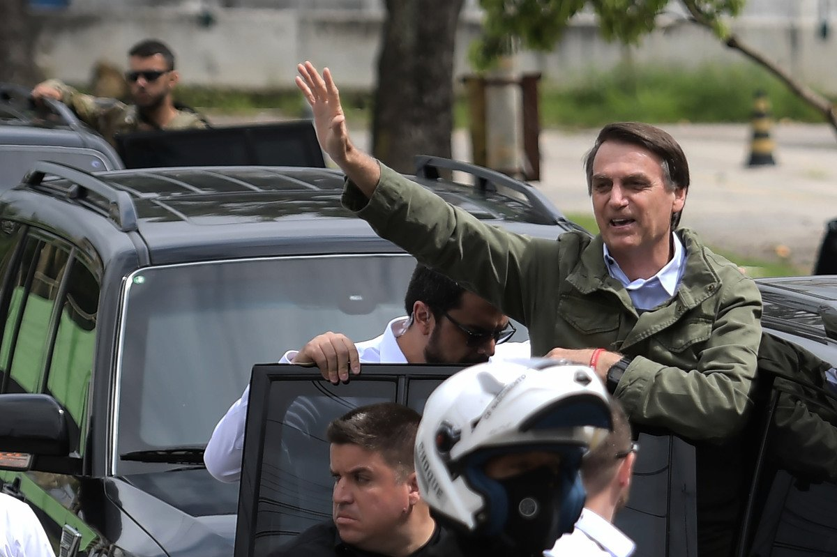 巴西63歲的波索納羅28日以超過55%的選票,擊敗勞工黨候選人,贏得了總統選舉。(CARL DE SOUZA/AFP/Getty Images)
