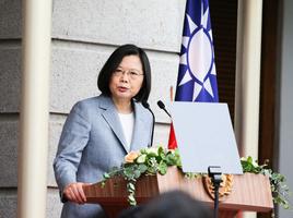 蔡英文:所有民主陣營夥伴 都和港人站在一起