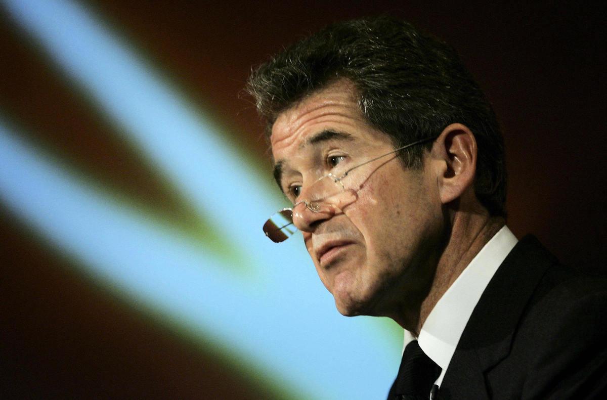華為被禁止參與英國5G建設,其英國董事會主席、英國石油公司(BP)前行政總裁約翰·布朗(John Browne)(如圖)辭職。(VINCENT/AFP via Getty Images)