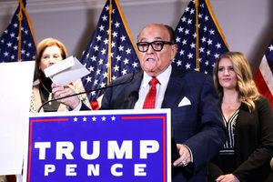 朱利安尼:特朗普批准進行訴訟案B計劃