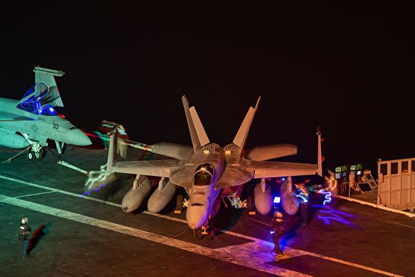 2021年7月9日,美軍的卡爾文森號航母(CVN70)仍然在東太平洋第三艦隊區域內演練,沒有急於趕往西太平洋。(美國海軍)