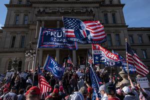 資深共和黨參議員挺特朗普:不要讓步 奮力反擊