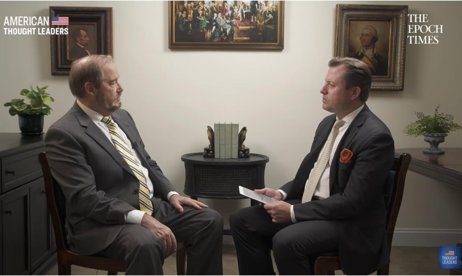 美國非盈利組織人口研究所總裁、中國問題專家毛思迪(Steven Mosher)6月24日接受了英文大紀元「美國思想領袖」(American Thought Leader)系列節目的專訪。(影片截圖)