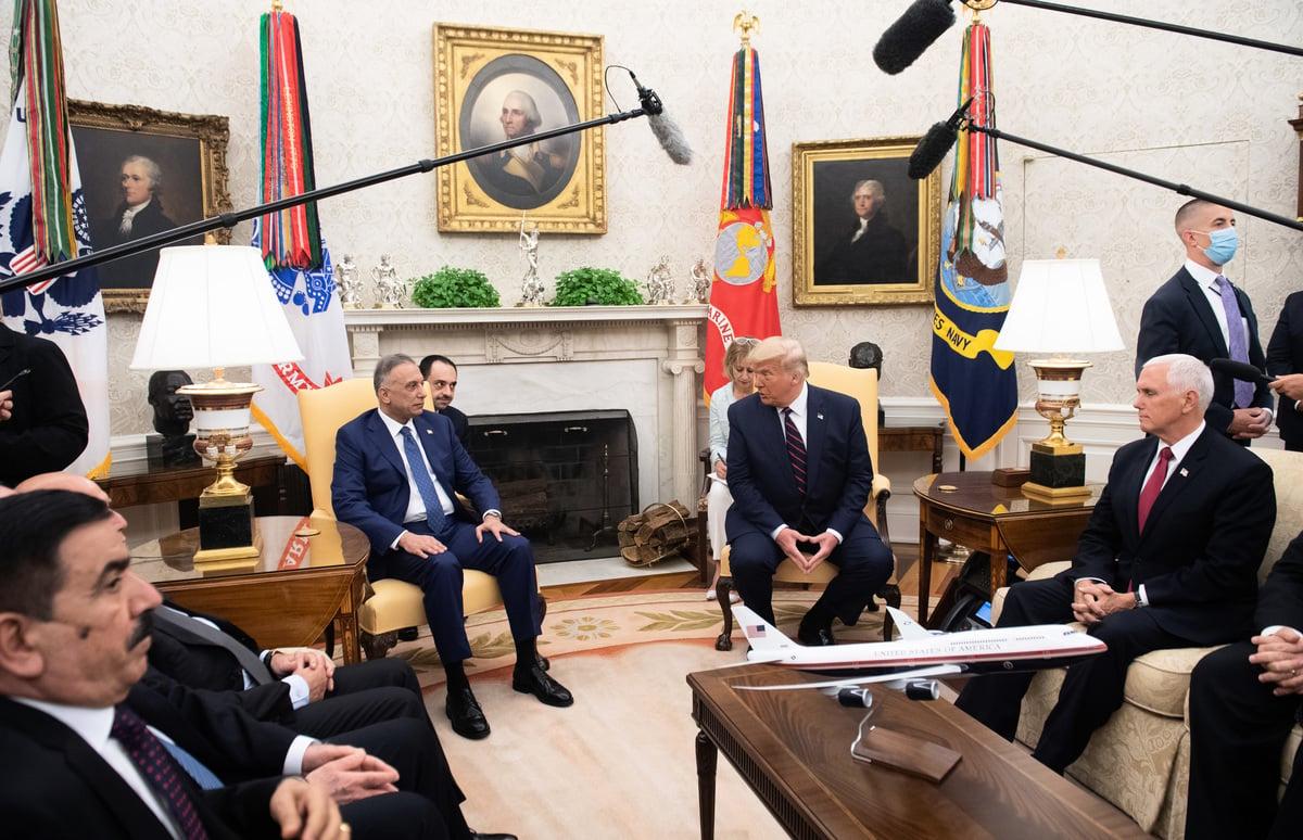 2020年8月20日,特朗普總統和伊拉克總理穆斯塔法·卡迪米(Mustafa Al-Kadhimi)在白宮會面。(SAUL LOEB/AFP)