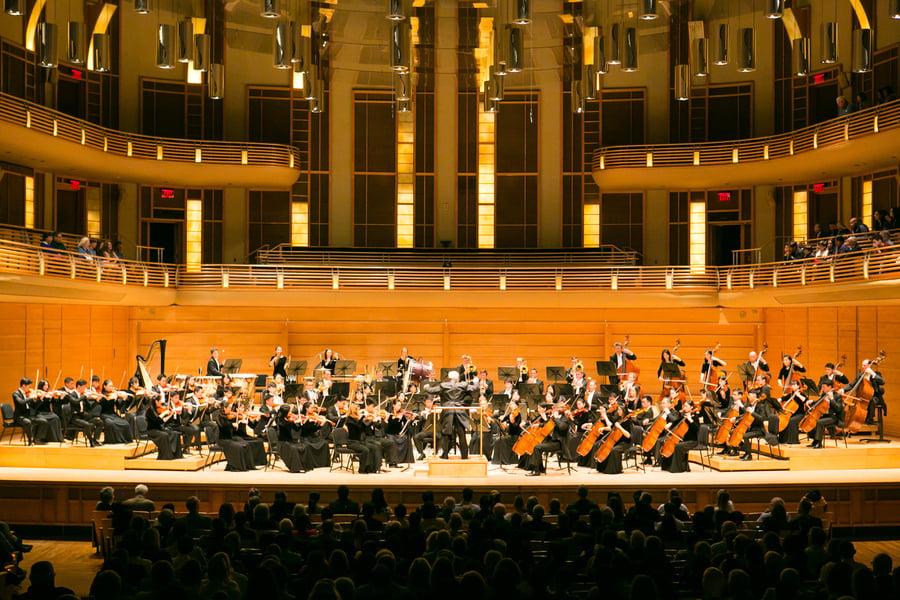 神韻交響樂七臨華府 觀眾體驗「與神同在」