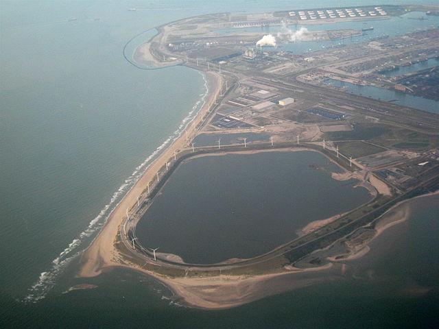 荷蘭鹿特丹港(維基百科)