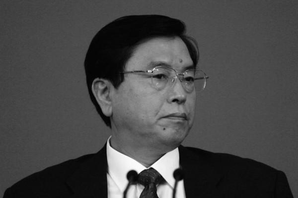 中共人大委員長張德江主持召開會議,圍繞香港兩名「青年新政」議員就職宣誓問題主動釋法,《成報》再發評論文章,直斥張德江是陰謀家。(Getty Images)
