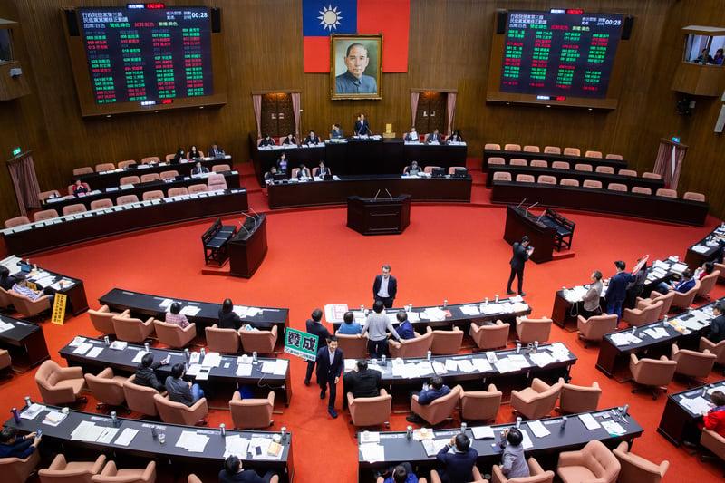 中共間諜入侵台灣立法院 前國代:國會應自清