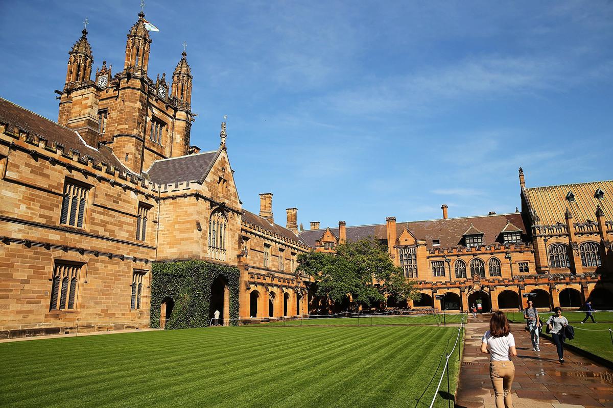 最新研究認為,澳洲學府與一些中共背景深厚的大學之間的合作,不僅將澳洲國家安全置於風險之中,還可能淪為中共迫害人權的幫凶。圖為悉尼大學。 (Brendon Thorne/Getty Images)