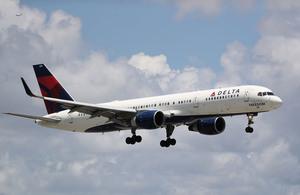 中美互航班次翻倍 每周各飛八趟航班
