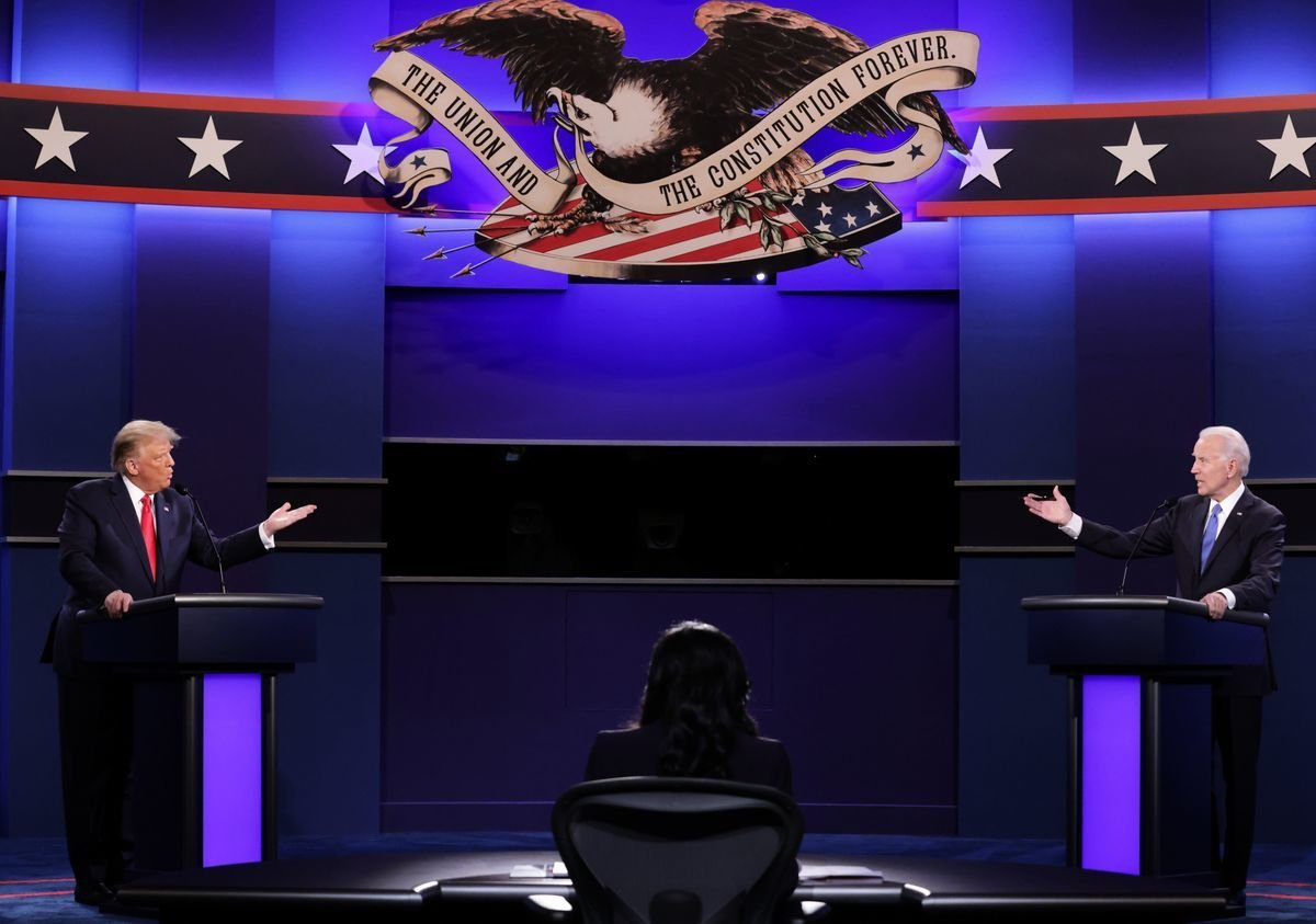 在10月22日的美國大選辯論會上,民主黨候選人拜登和美國總統特朗普就北韓問題激烈交鋒。(CHIP SOMODEVILLA/POOL/AFP via Getty Images)