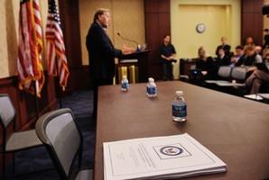 美眾院情報委員會前主席:對華為要嚴防