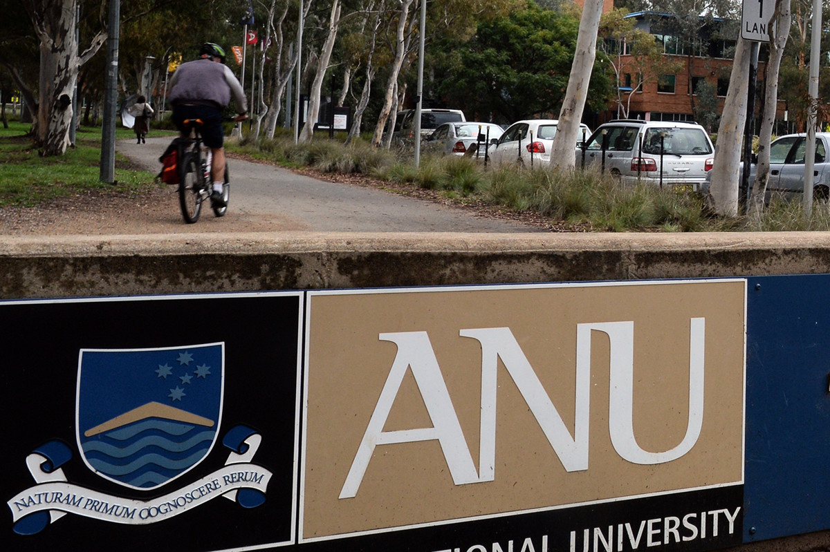 澳洲安全情報局(ASIO)局長伯傑斯(Mike Burgess)說,外國政府正在使用隱蔽的欺騙性手段獲取澳洲的科研成果。圖為澳洲國立大學(ANU)。(AAP Image/Alan Porritt)